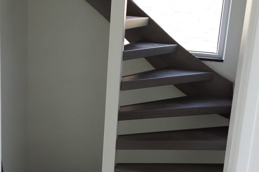 Wentel trap gerenoveerd