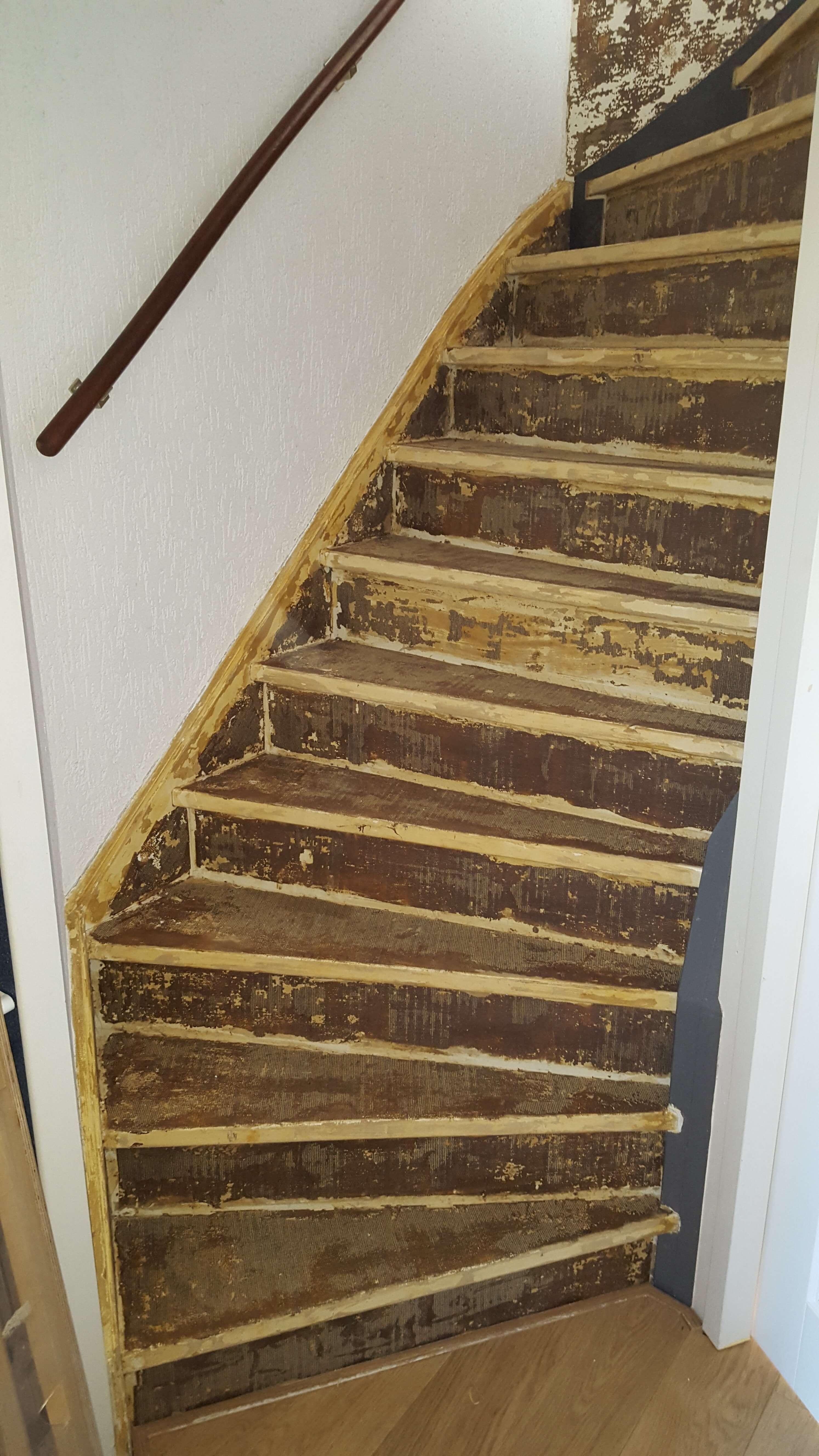 voordat een trap werd bekleed