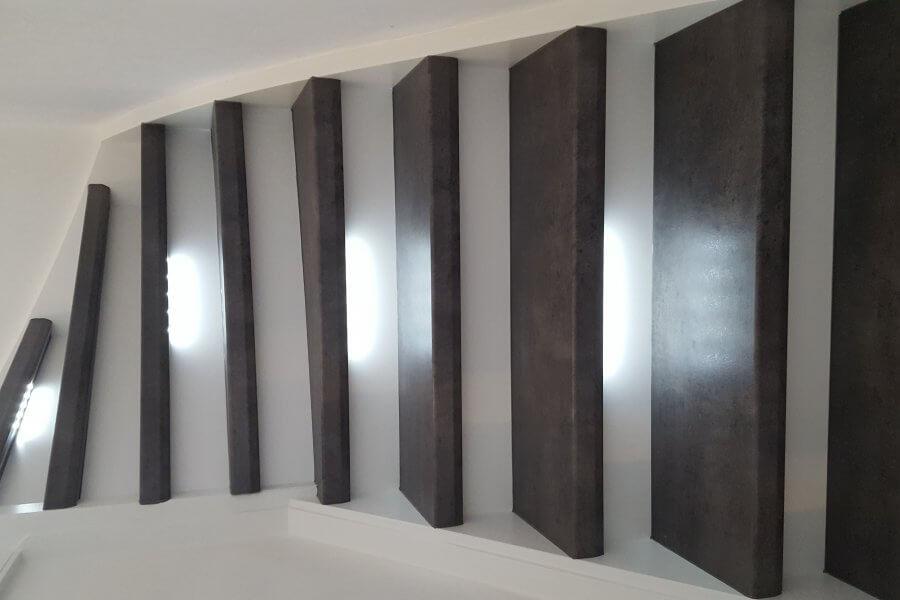 Led verlichting verwerkt in laminaat door traprenovatie