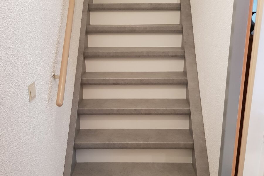 Trap bekleden met laminaat beton u floortec schilten